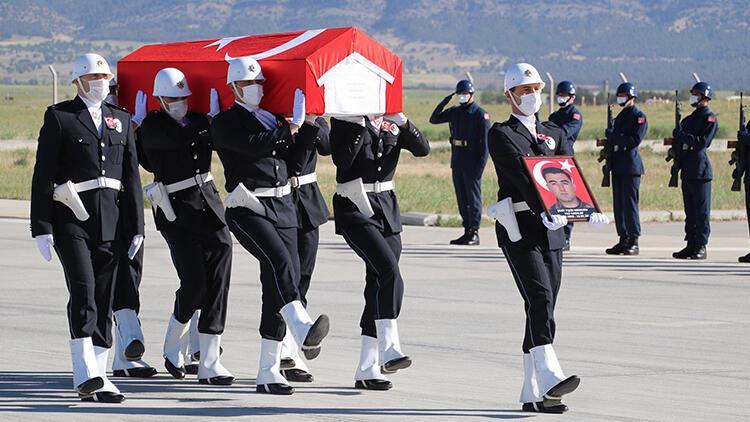 Şehit Özel Harekat Polisi Veli Kabalay'ın cenazesi Denizli'ye getirildi