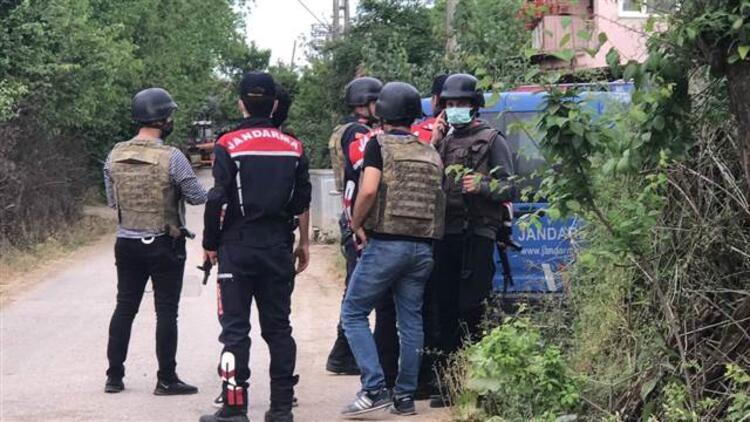 Son dakika haberi: Kocaeli'de cinnet dehşeti! Babasını öldürdü, 9 kişiyi yaraladı