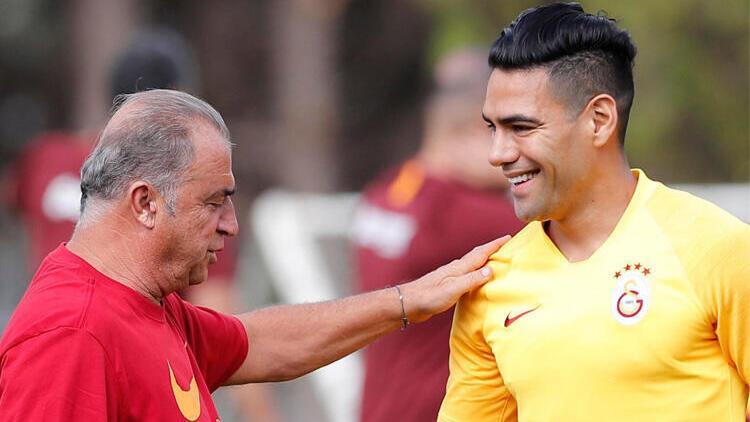 Galatasaray'da Radamel Falcao'dan kafaları karıştıran paylaşım!