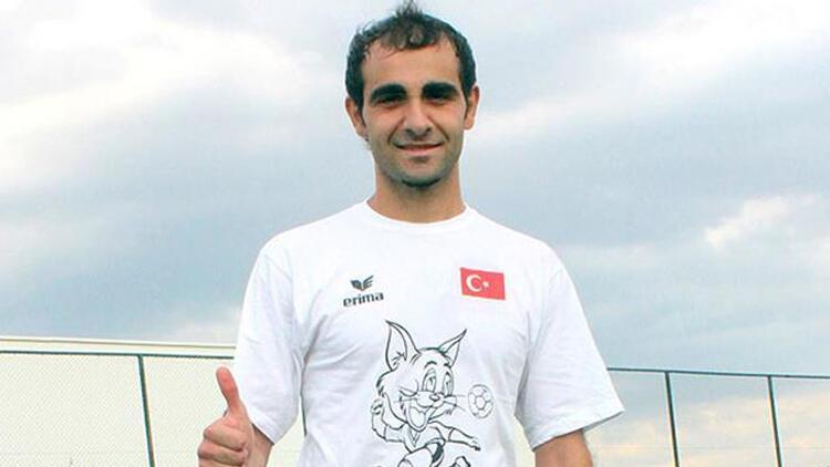 İşitme engelli milli futbolcu Hüseyin Er vefat etti