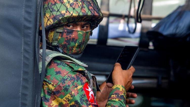 Myanmar'da ordunun darbe karşıtlarına müdahalesi sonucu ölenlerin sayısı 796'ya yükseldi