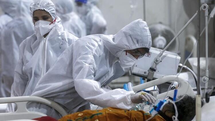 Hindistan'da Kovid-19 vaka sayıları 25 milyona yaklaştı