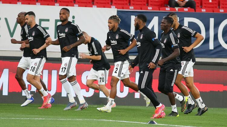 Beşiktaş'ta Antalyaspor'la oynayacağı kupa finali öncesi 4 eksik