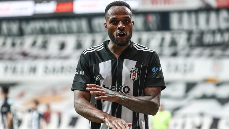 Beşiktaş'ın en golcüsü Larin, en istikrarlısı Welinton