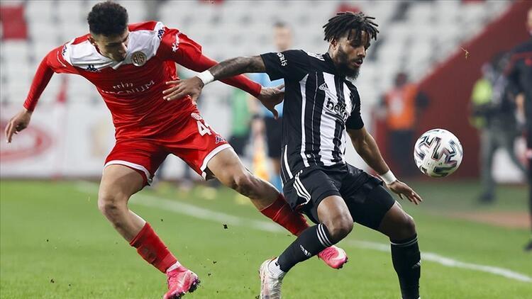 Son Dakika: Türkiye Kupası finalindeki Beşiktaş-Antalyaspor maçının hakemi açıklandı!