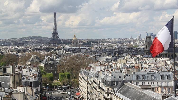 Fransa'da Koronavirüsten son 24 saatte 196 kişi hayatını kaybetti