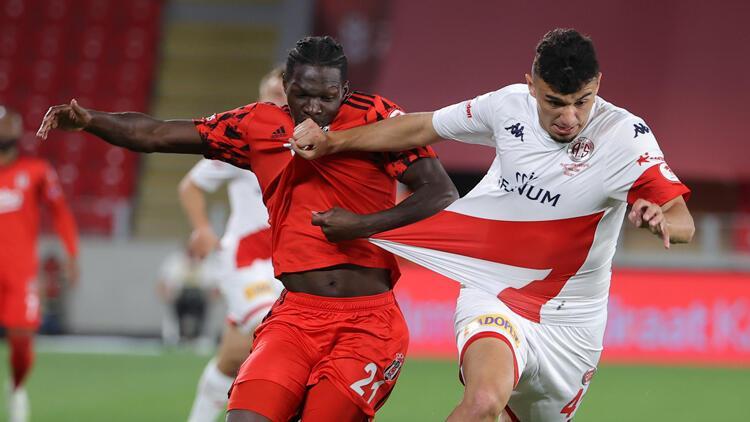 Antalyasporlu golcü Gökdeniz Bayrakdar'dan Beşiktaş itirafı