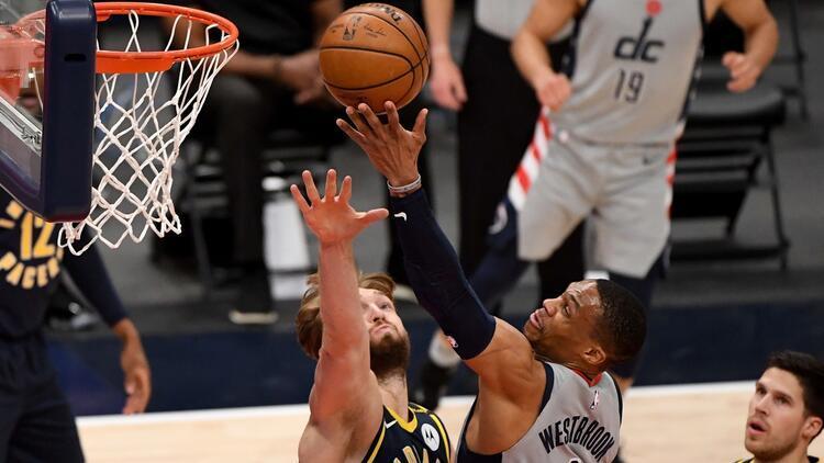 NBAde Gecenin Sonuçları: Pacersı 27 sayı farkla yenen Wizards, play-off bileti kaptı