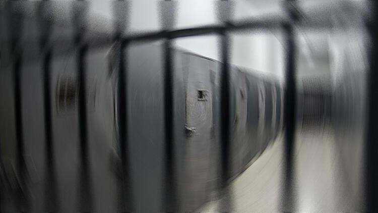 Küçük çocuklu anne hapse girmeyecek
