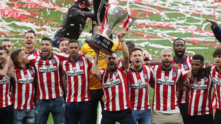 Şampiyonluğunu kutlayan Atletico Madrid, taraftarları olmadan kupasını aldı
