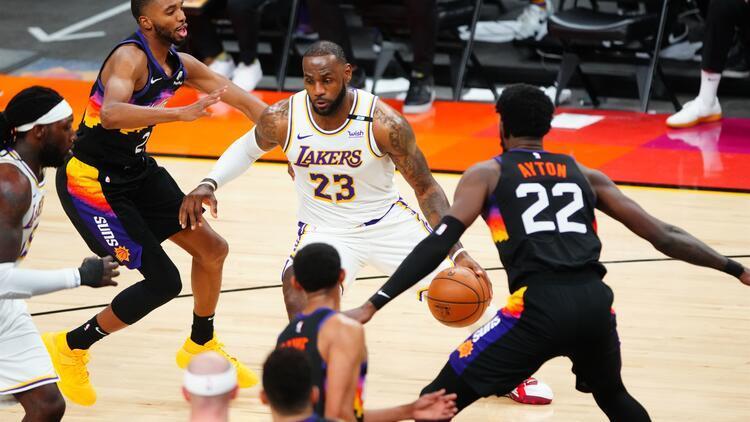 NBA'de Gecenin Sonuçları: Son şampiyon Lakers play-off'lara mağlubiyetle başladı