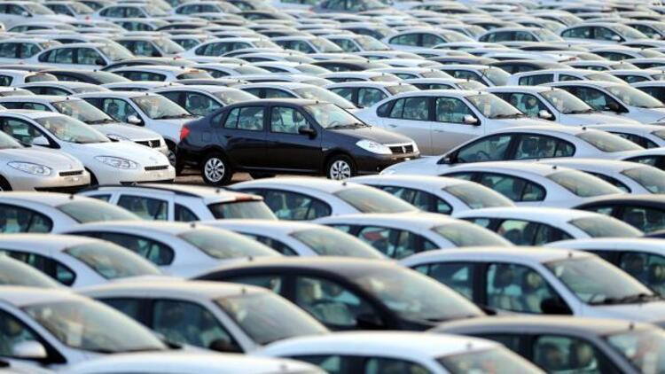İkinci el ve sıfır araçlarda fiyatlar düşecek mi, artacak mı? Uzmanlar yorumladı…