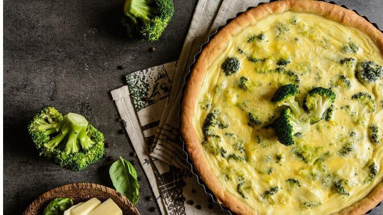 Brokolili kek tarifi: Gelinim Mutfakta brokolili kek nasıl yapılır?