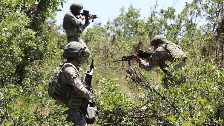 Son dakika: MSB duyurdu! Pençe-Şimşek operasyonunda 3 PKK'lı terörist etkisiz hale getirildi