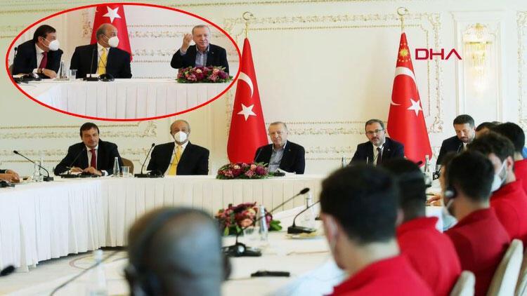 Cumhurbaşkanı Erdoğan, Euroleague ve Basketbol Süper Ligi şampiyonu Anadolu Efes'i kabul etti