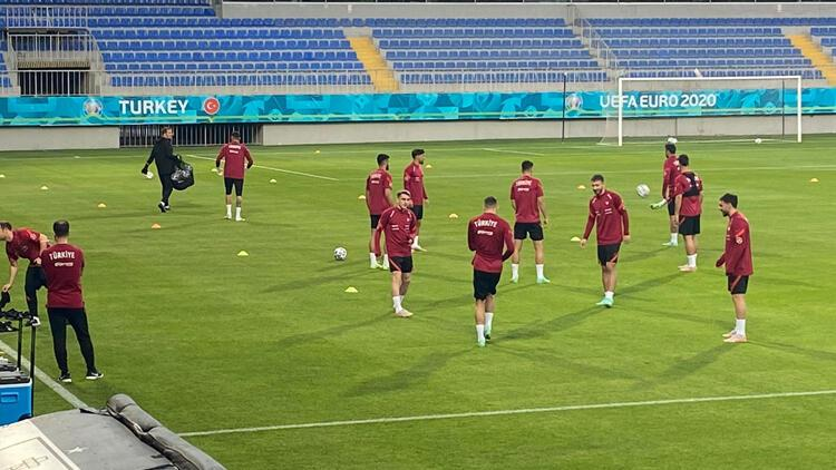 Son Dakika: A Milli Takım, 2 eksikle çalıştı! EURO 2020'de Galler ile oynanacak maçta...