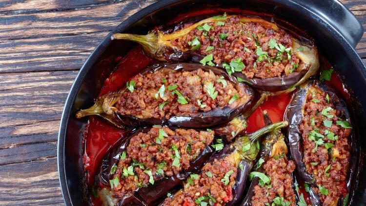 Fırında etli bostan patlıcan tarifi