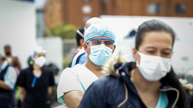 Kolombiya'da koronavirüsten ölenlerin sayısı 96 bini aştı