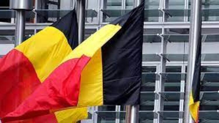 Belçika'da iş arayana 'Youtuber olma' kursu!