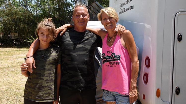 Fransız aile karavanla dünya turunda