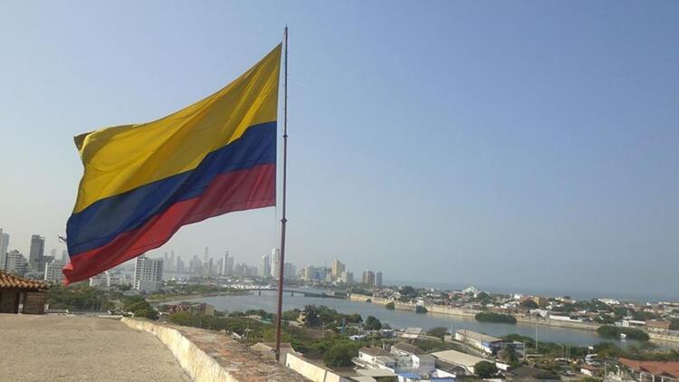 Kolombiya'da koronavirüsten ölenlerin sayısı 97 bini aştı