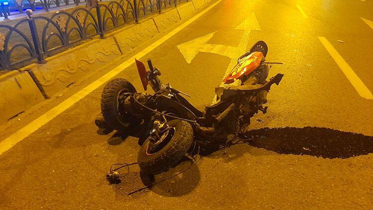 Otomobilin çarptığı motosiklet paramparça oldu! 1 ağır yaralı