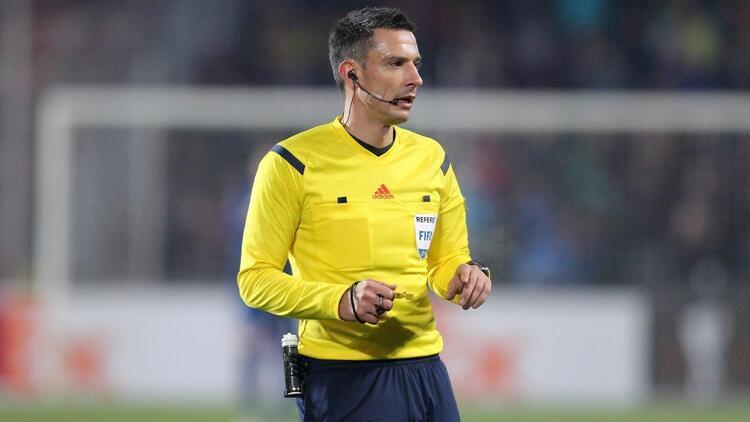 Son dakika: İsviçre - Türkiye maçının hakemi belli oldu
