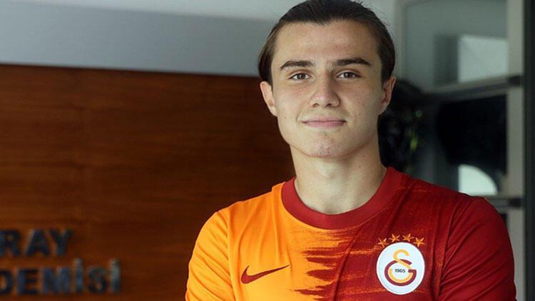 Son dakika transfer haberi: Galatasaray Sarper Çağlar'a imza attırdı
