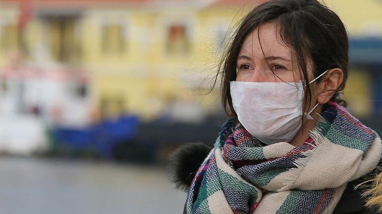 Hollanda'da maske zorunluluğu 26 Haziran'da kalkıyor