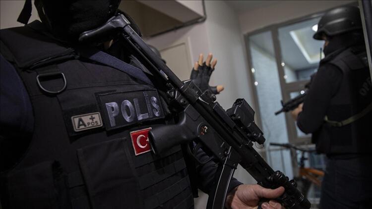 İstanbul merkezli, FETÖ'nün TSK yapılanmasına operasyon