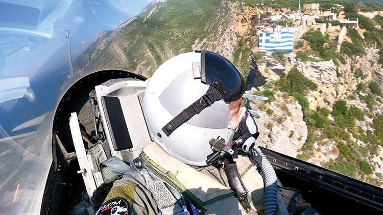 Yunan komutandan Ege'de provokatif uçuş