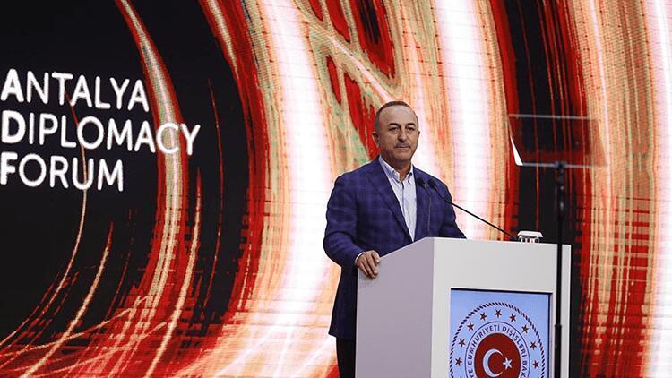 Son dakika haberler... Bakan Çavuşoğlundan Yunanistan açıklaması