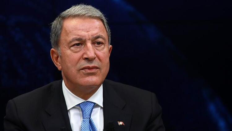 Milli Savunma Bakanı Akar'dan Babalar Günü mesajı