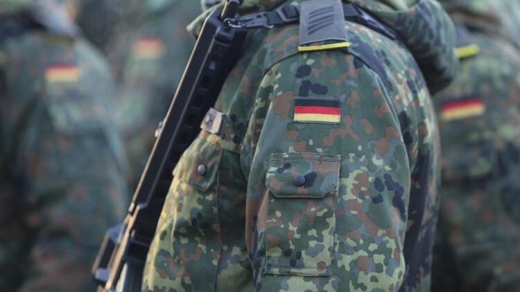 Alman ordusunda 90 yıl sonra askeri hahambaşı görev yapacak