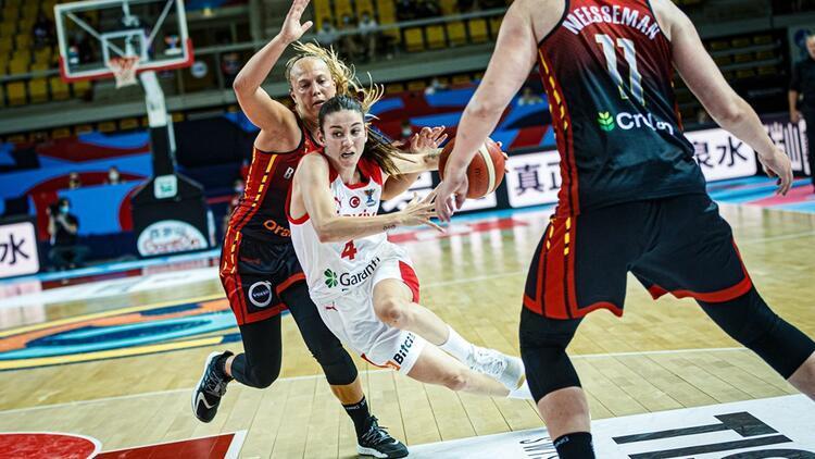 Son Dakika: Türkiye, 2021 FIBA Kadınlar Avrupa Basketbol Şampiyonası'na veda etti