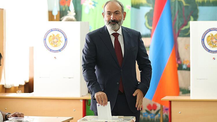 Son dakika... Ermenistan'da seçimi Paşinyan'ın partisi kazandı