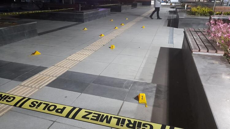 Başakşehir'de restorana silahlı saldırı: 1 yaralı