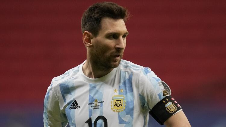Lionel Messi, Javier Mascherano'yu yakaladı! Arjantin'in en fazla forma giyen oyuncusu...
