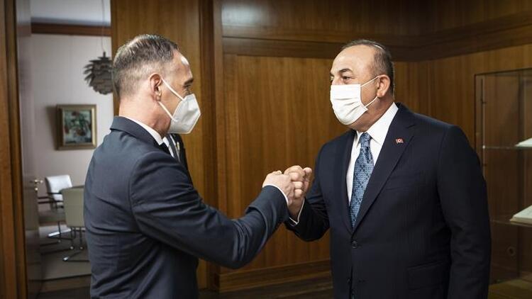 Çavuşoğlu, İkinci Berlin Konferansı öncesi Libya Başbakanı ile bir araya geldi