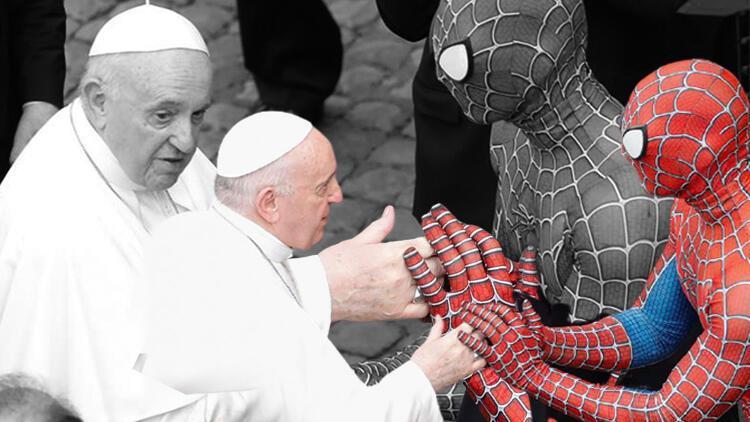 Dünya bu görüntüyü konuşuyor... Papa ve Spiderman bir arada!