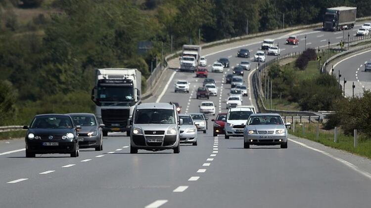 Otomobil sahipleri dikkat! Bunu yapmadan uzun yola çıkmayın...