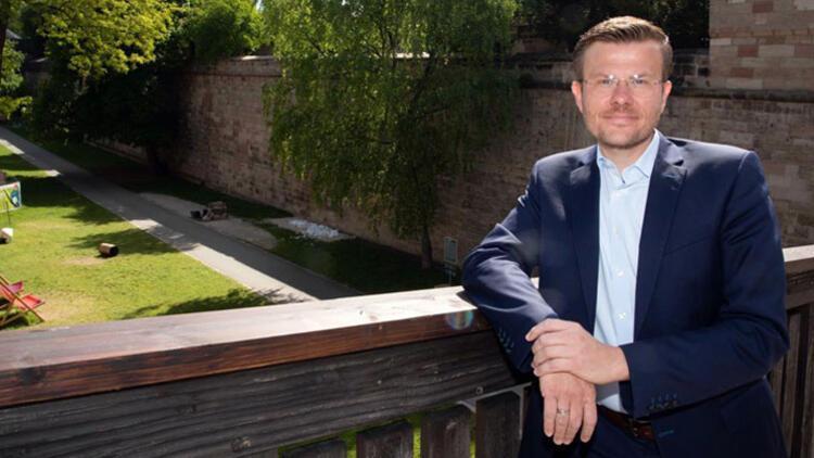 """König: """"Küçük işletmelerin belediyelere katkısı büyük!"""""""