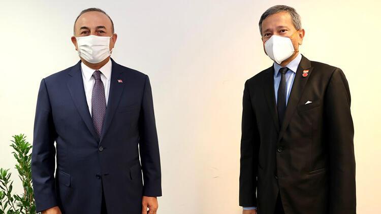 Bakan Çavuşoğlu, Singapur Dışişleri Bakanı Balakrishnan ile görüştü