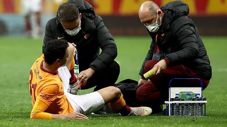 Son Dakika: Galatasaray'da Mostafa Mohamed için endişeli bekleyiş