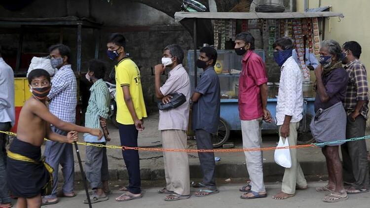 Hindistan'da 46 bin yeni vaka, ölü sayısı binin altında