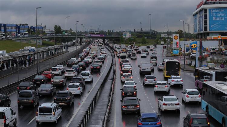 Otomobil sahiplerine önemli uyarı Yapmayana para cezası var