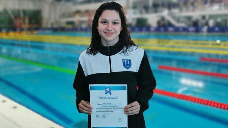Milli yüzücü Defne Taçyıldız, 2020 Tokyo Olimpiyatlarına kota aldı