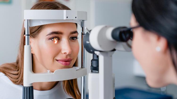 Glokom (Göz tansiyonu) hastalığının güncel tedavisi: Lazer mi, göz damlaları mı?