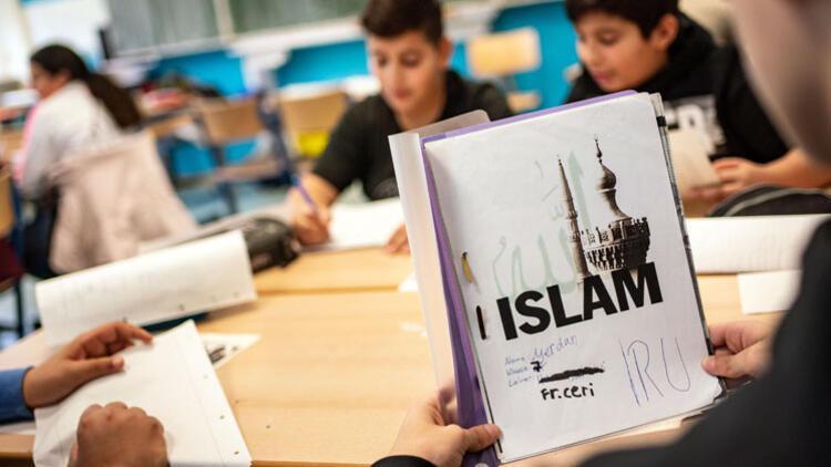 Bavyera'da İslam dersi resmiyet kazandı