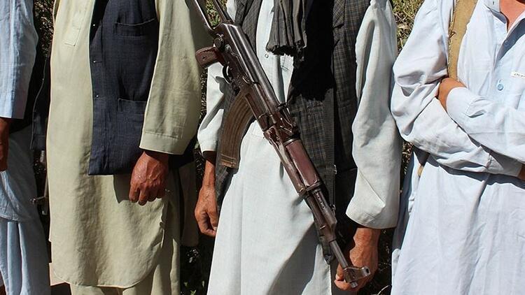 Afganistanda Badgis vilayetinin tüm ilçeleri Talibanın kontrolüne geçti